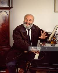 OLIVER SACKS AT THE PIANO